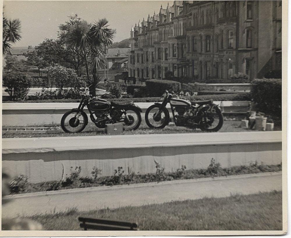 bike2.thumb.jpg.82b9e8bf4699099b7d5b97b460880b35.jpg