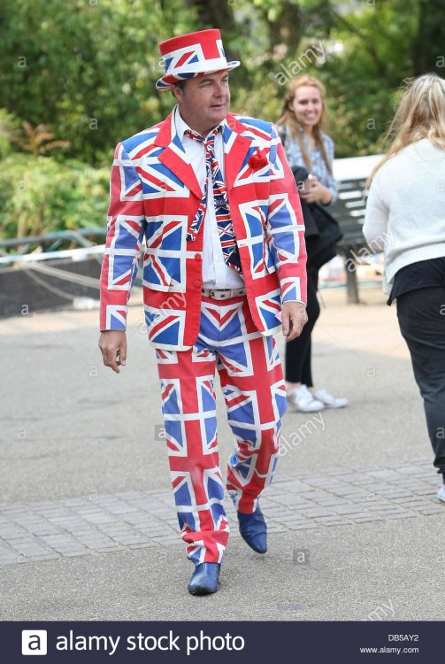 paul-ross-wearing-a-union-jack-suit-at-the-itv-studios-london-england-DB5AY2.jpg