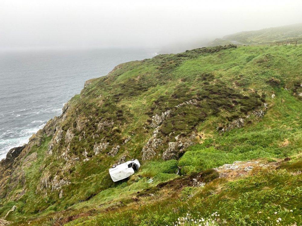 Frank-Drives-Van-Marine-Drive-Douglas-Isle-of-Man-accident (2).jpg